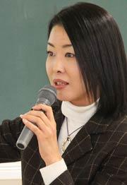 県内ではFacebookづかいの女性の第一人者、鈴木さん